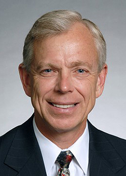Lowell McAdams, chairman & CEO, Verizon